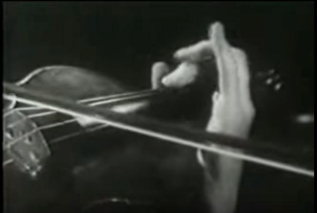 The flying fingers of Heifetz in slow motion